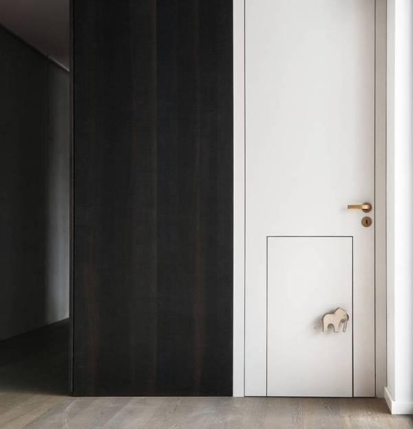 3-whimsical-doors-drawers-cubby-creations-karhard-architektur-5-door.jpg
