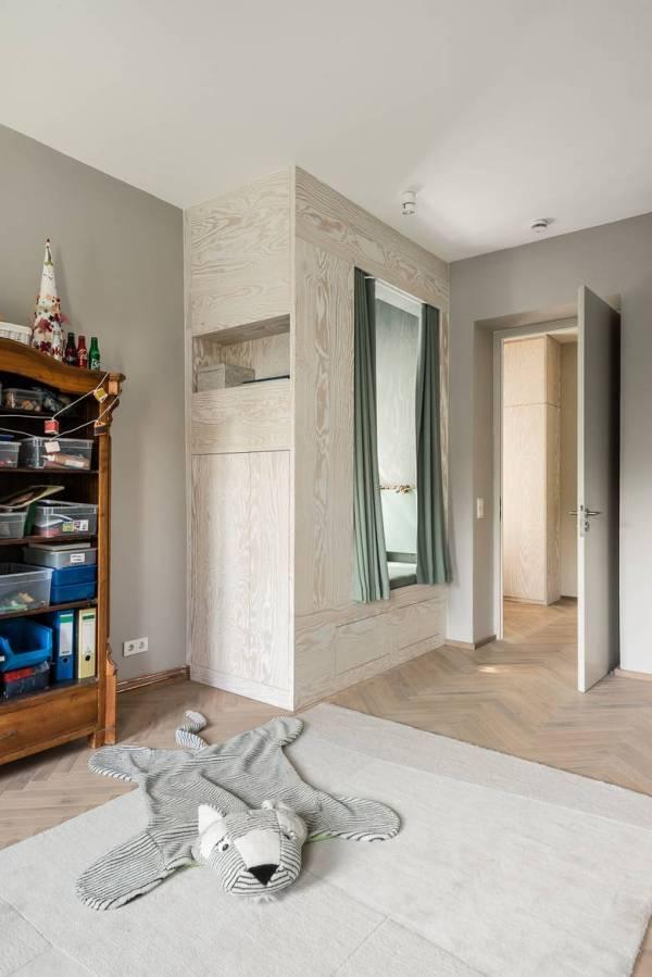 3-whimsical-doors-drawers-cubby-creations-karhard-architektur-6-cubby.jpg