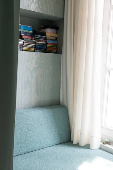 3-whimsical-doors-drawers-cubby-creations-karhard-architektur-8-cubby.jpg