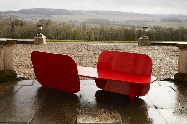 aluminium-red-garden-bench-by-la-chance-1.jpg