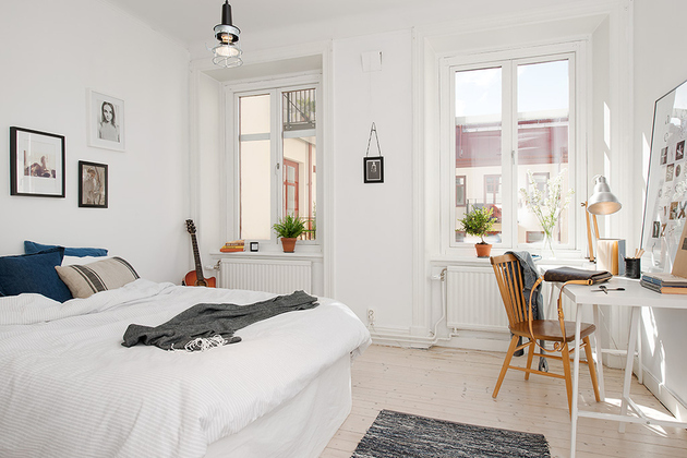 casually-comfortable-decor-driven-apartment-sweden-bedroom.jpg