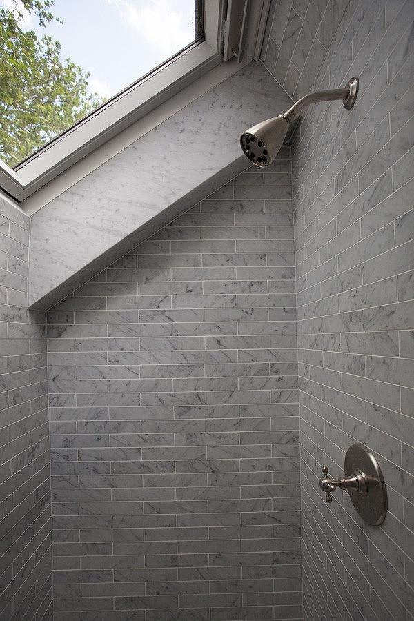 casually-elegant-historic-home-21-attic-bath.jpg