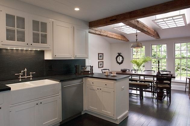 casually-elegant-historic-home-3-kitchen.jpg