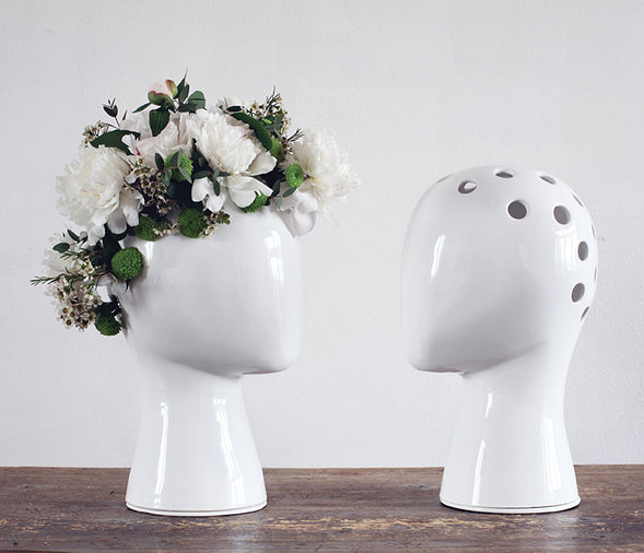 ceramic-wig-vase-manikin-head-reinterpreted-5-arrangement.jpg