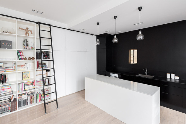 chic-small-black-and-white-apartment-in-paris-2.jpg