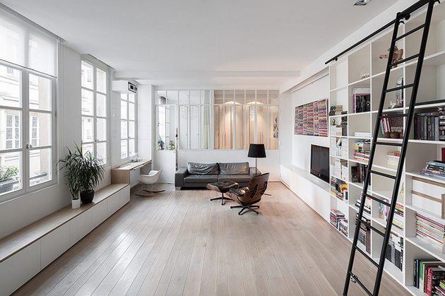 chic-small-black-and-white-apartment-in-paris-4.jpg