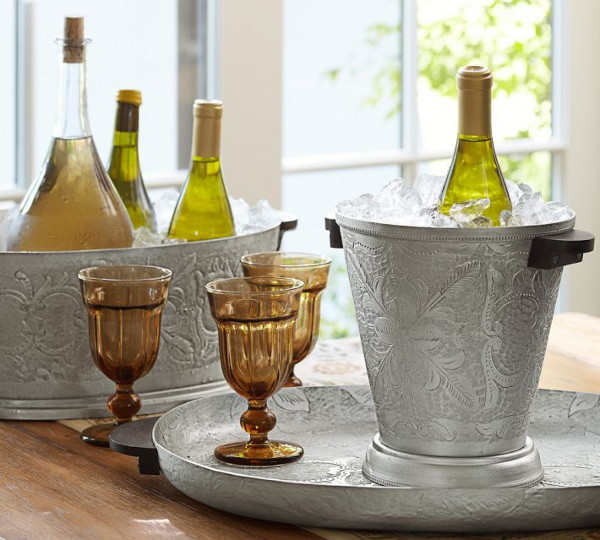 colorful-cafe-glassware-by-pottery-barn-7.jpg