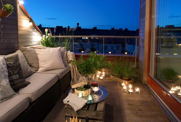 cozy-apartment-scandinavian-style-balcony-night-1.jpg