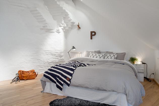 cozy-apartment-scandinavian-style-bedroom-3.jpg