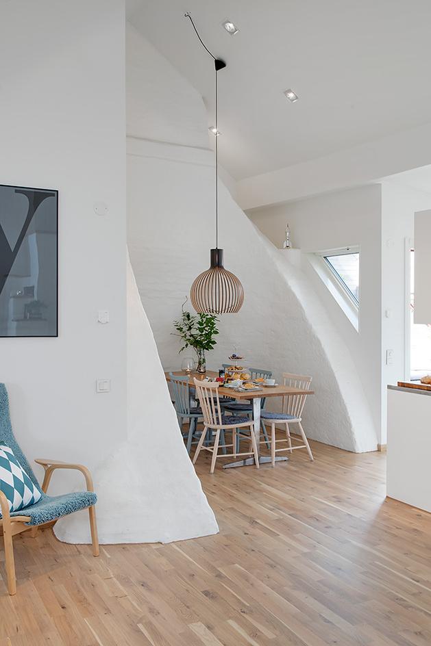 cozy-apartment-scandinavian-style-diningroom-1.jpg