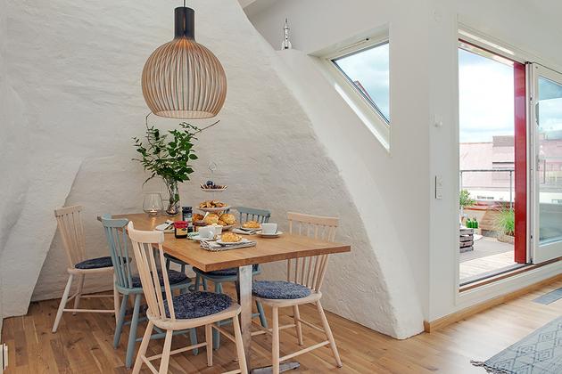 cozy-apartment-scandinavian-style-diningroom-2.jpg