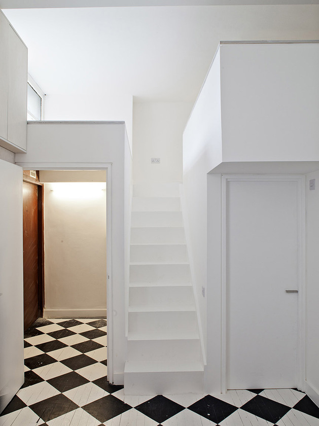 new-vintage-style-city-apartment-with-checker-flooring-2.jpg