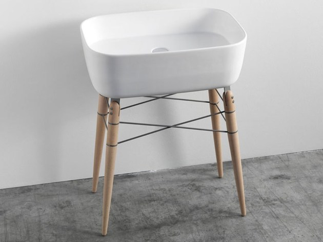 ray-freestanding-washstand-by-michael-hilgers-1.jpg