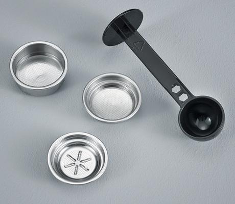 severin-espresso-maker-cubo-ka-accessories.jpg