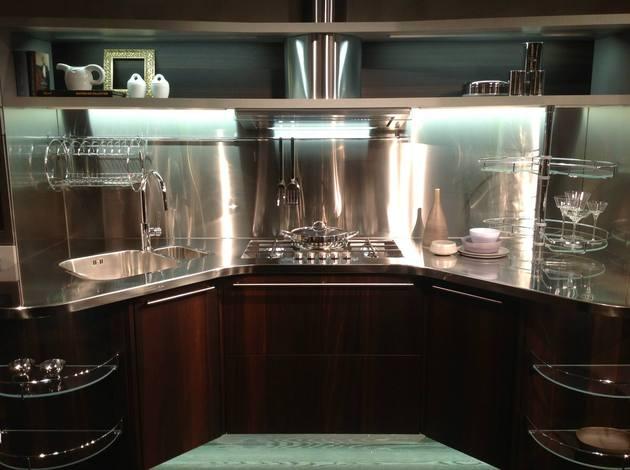 suspended-kitchen-skyline-2.0-by-snaidero-7.jpg