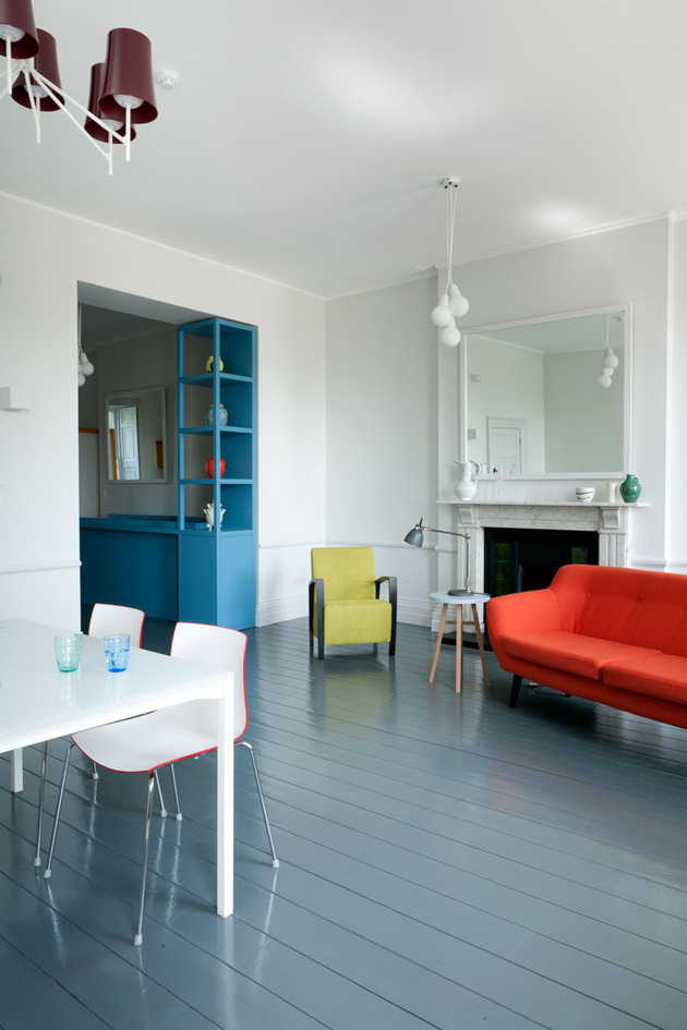 vibrant-colour-vignettes-vamp-up-georgian-apartment-11-living.jpg