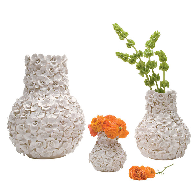 whimsical-ceramic-vases-bowls-adorned-3d-blooms-1-ambition-1-thumb-630x630-24728